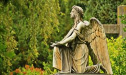 old-atmosphere-monument-foliage-statue-green-871695-pxhere.com_.jpg